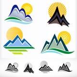 Insieme di simbolo astratto della collina della montagna Immagine Stock