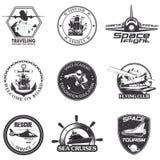Insieme di spazio d'annata, nautico, emblemi di volo di aeronautica royalty illustrazione gratis