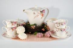 Insieme di tè e caramelle gommosa e molle Immagine Stock