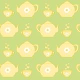 Insieme di tè giallo sveglio sul modello senza cuciture del fondo verde pastello Fotografia Stock Libera da Diritti
