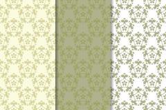Insieme di verde verde oliva degli ornamenti floreali Reticoli senza giunte Immagini Stock