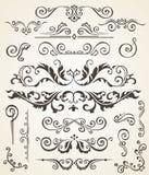 Insieme di vettore degli elementi e degli angoli di turbinio per progettazione Decorazione calligrafica della pagina, etichette,  Fotografia Stock Libera da Diritti