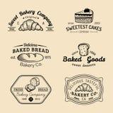 Insieme di vettore del logos d'annata del forno Retro raccolta degli emblemi con il biscotto, il bigné dolci ecc Icone della past Fotografia Stock