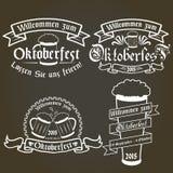 Insieme di vettore delle etichette più oktoberfest, elementi di progettazione Immagini Stock