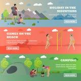 Insieme di vettore delle insegne di concetto di ricreazione di estate nello stile piano Beach volley, foresta che si accampa, esc Immagini Stock