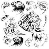 Insieme disegnato a mano della stampa di serigrafia di schizzo dell'inchiostro della spazzola delle onde Immagini Stock