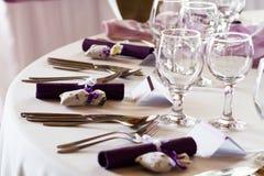 Insieme elegante della tavola del ristorante Immagine Stock