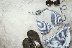 Insieme femminile del costume da bagno di estate Fotografie Stock Libere da Diritti
