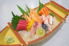 Insieme giapponese del sashimi Fotografie Stock Libere da Diritti