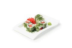 Insieme giapponese di maki dei sushi dei frutti di mare immagini stock libere da diritti
