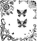 Insieme graseful di doodle d'angolo con le farfalle Fotografia Stock