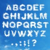 Insieme - l'alfabeto inglese dalle nuvole Fotografie Stock Libere da Diritti
