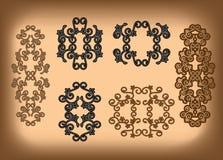 Insieme - ornamenti simmetrici floreali Royalty Illustrazione gratis
