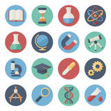 Insieme piano dell'icona degli strumenti scientifici Immagine Stock