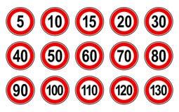 Insieme piano di stile di vettore dei segni generici limite di velocità con il numero nero ed il cerchio rosso illustrazione vettoriale