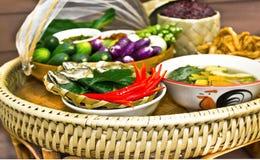 Insieme tradizionale tailandese nordico dell'alimento Fotografia Stock