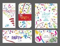 Insieme variopinto delle carte di festa con nastri adesivi di cuore e dei coriandoli Fotografie Stock Libere da Diritti