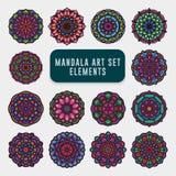 Insieme variopinto dettagliato di arte della mandala Arte d'annata della mandala con l'ornamento astratto floreale arrotondato Fo immagini stock