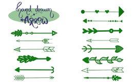 Insieme verde di vettore delle frecce Illustrazione disegnata a mano delle frecce Icona delle frecce Logo verde scuro della frecc royalty illustrazione gratis