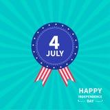 Insigne avec le Jour de la Déclaration d'Indépendance heureux Etats-Unis d'Amérique de fond de rayon de soleil d'étoile et de ban Photo stock