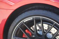 Insigne et roue de Mercedes AMG Photographie stock