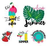 Insignes d'été réglés Ensemble de corrections à la mode d'été, autocollants illustration libre de droits