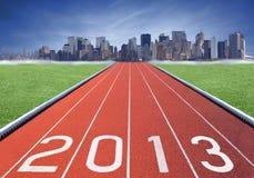 insignia 2013 en una pista del atletismo Imágenes de archivo libres de regalías