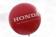 Insignia de Honda en el globo Fotos de archivo libres de regalías