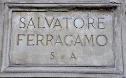 Insignia de la marca de fábrica de la manera en Florencia, Italia Foto de archivo libre de regalías
