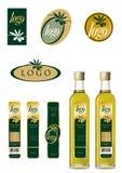 Insignia del aceite de oliva y conjunto de escritura de la etiqueta Imágenes de archivo libres de regalías
