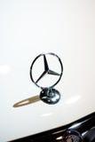 Insignia del Benz de Mercedes Imagen de archivo libre de regalías