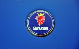 Insignia del coche de Saab Foto de archivo