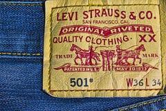 Insignia Levi Strauss 501 imagenes de archivo