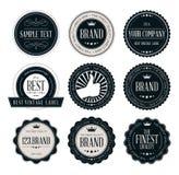 Insignias y etiquetas del vintage, insignias del logotipo y etiquetas en estilo retro ilustración del vector