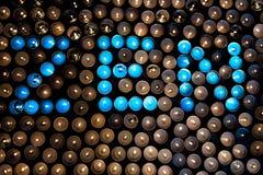 Insikt för Zenbuddist Ordet ZEN i blått tände te ljust c arkivbild