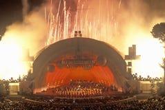 1812 insinuación con los fuegos artificiales en el Hollywood Bowl, Los Ángeles, California Imagenes de archivo