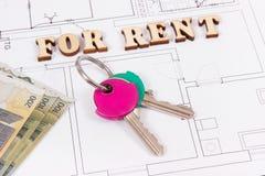 Inskrypcja dla czynszu, domowych klucze, pieniądze na elektrycznym rysunku, pojęcie wynajmowanie dom i mieszkanie, zdjęcie royalty free