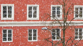 Insnöad Stockholm gata arkivfilmer