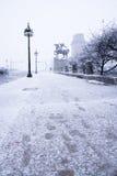 Insnöat staden i December, Chicago Illinois Royaltyfri Fotografi