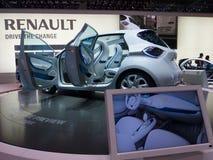Inspección previo de Renault Zoe Imágenes de archivo libres de regalías