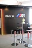 Inspección previo convertible de BMW M6 en Singapur Foto de archivo
