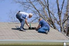 Inspecteur de toit Images stock