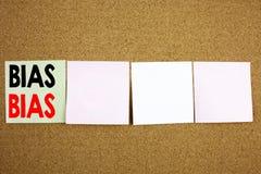A inspiração conceptual do subtítulo do texto da escrita da mão que mostra o conceito diagonal do negócio para o preconceito incl Imagem de Stock Royalty Free