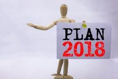 Inspiração conceptual do subtítulo do texto da escrita da mão que mostra o conceito 2018 do negócio do plano para o plano de ação Foto de Stock