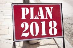 Inspiração conceptual do subtítulo do texto da escrita da mão que mostra o plano 2018 Conceito do negócio para o plano de ação 20 Foto de Stock Royalty Free