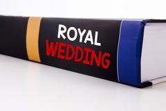 Inspiración conceptual del subtítulo del texto de la escritura de la mano que muestra la boda real Concepto del negocio para la b imagenes de archivo