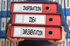 Inspiracja, pomysł, urzeczywistnienie, pojęć słowa 3d odpłacający się skoroszytowy pojęcie obrazek obrazy royalty free