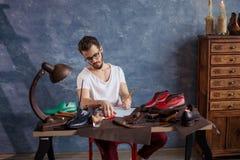 inspiratie verwezenlijking van exclusief schoeisel royalty-vrije stock foto