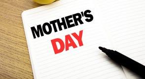 Inspiration conceptuelle de légende des textes d'écriture de main montrant la fête des mères Concept d'affaires pour la célébrati Images libres de droits
