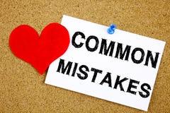 Inspiration conceptuelle de légende des textes d'écriture de main montrant le concept d'erreurs communes pour des erreurs commune Images stock